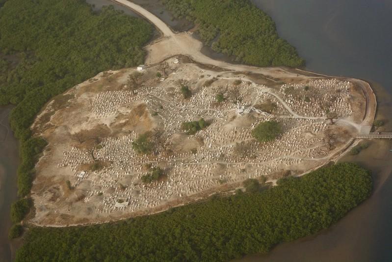 fadiouth, shell island senegal, ile de fadiouth, joal-fadiouth island, shell island shells,