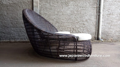 Producing Custom Design Outdoor Sofa With Wicker