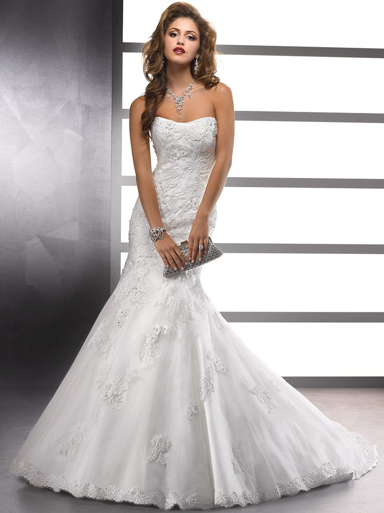 Sweetheart White Tulle Lace-up Appliques Lace Trumpet/Mermaid Wedding Dresses