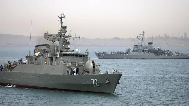 Ιράν: Έριξαν πύραυλο σε δική τους φρεγάτα σε άσκηση - Τουλάχιστον 23 ναύτες νεκροί και 40 αγνοούνται