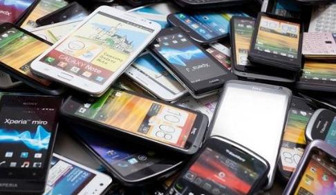 لاتحمل هم بعد الان تطبيقات سوف تعطيك مواصفات الهاتف المستعمل الذي تريد شرائه