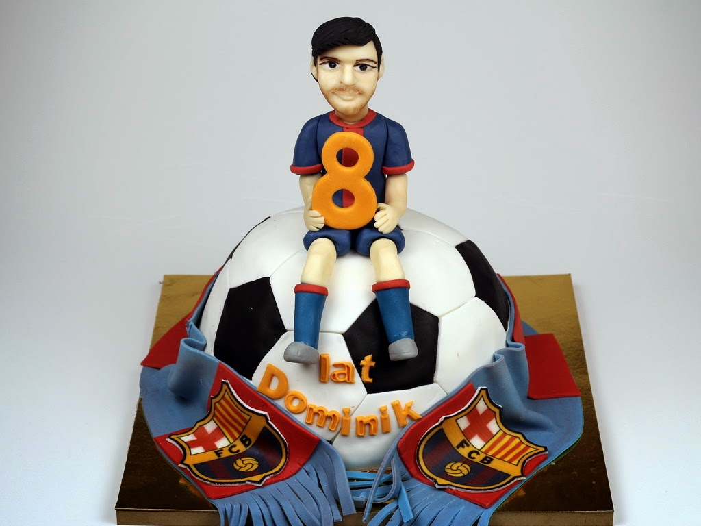 Football , Leo Messi and Scarf Cake - London Cakes