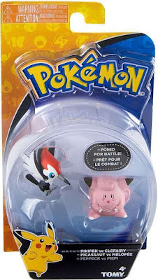 Pikipek ツツケラ figure in Tomy US Pokemon Action Pose Figures set Pikipek vs Clefairy