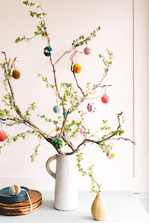 Easter egg tree tradition