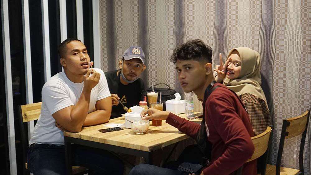 Rujak House Pekanbaru, Tempat Makan sekaligus Karaoke Gratis di Pekanbaru