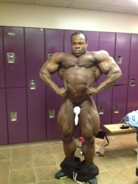Kai Greene nude.  STRENGTHFIGHTER.COM