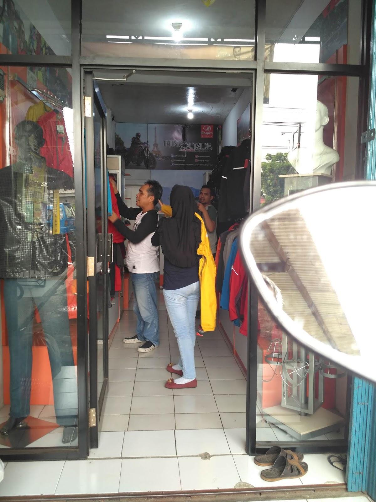 Toko Respiro Bogor kembali siap melayani kebutuhan riding ware. Hayuks  mampir ke Respiro Bogor. 3a616a7e8d