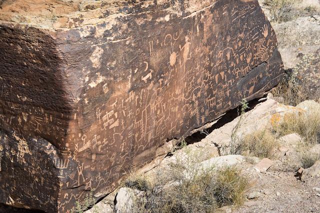 Newspaper Rock, Petrified Forest National Park