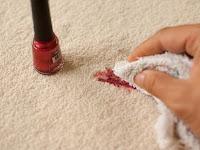 Cara Membersihkan Cat Kuku Tumpahan di Karpet