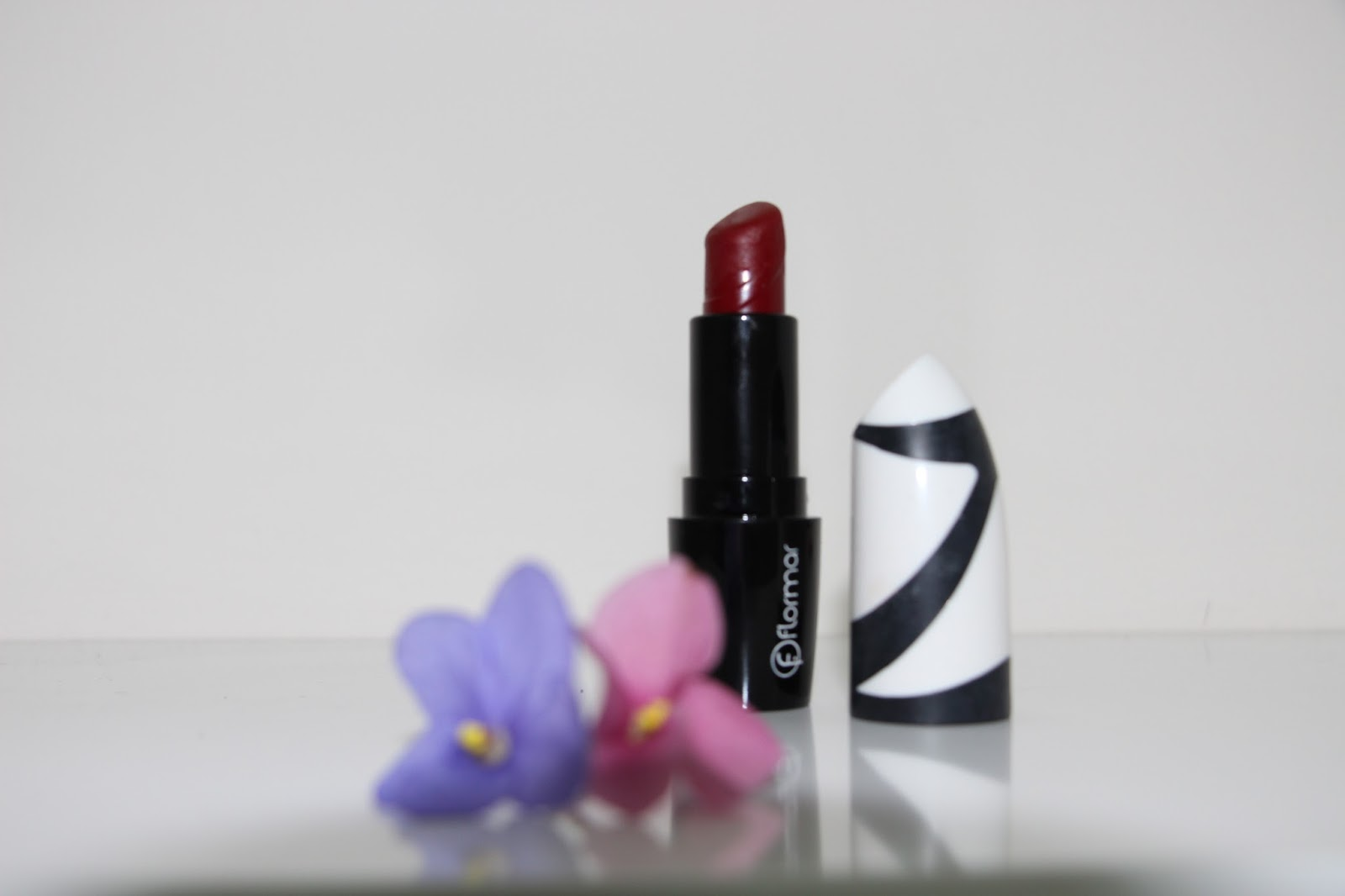 Revolution Perfect Lipstick Sahideniz