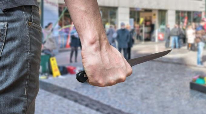Sokkoló részletek: a nyílt utcán késeltek halálra egy férfit Tiszaújvárosban