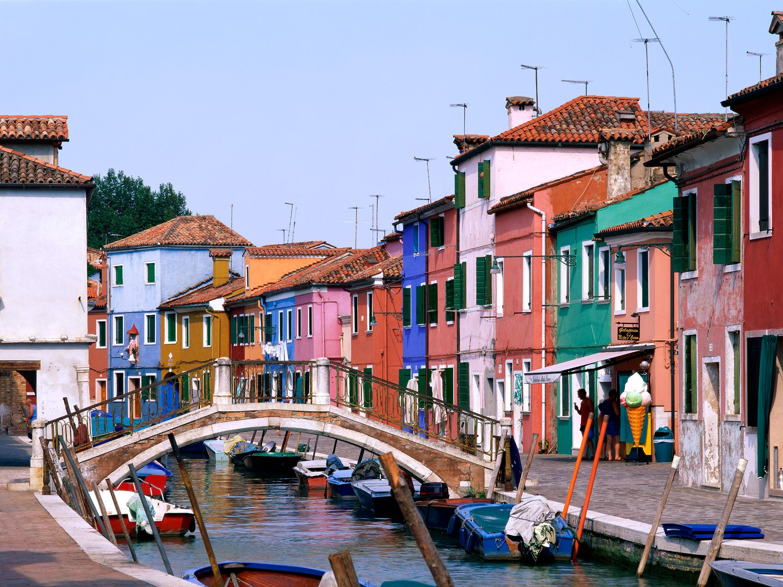 Exciting Color: Colorful Burano Italy: 10 Colorful places ...