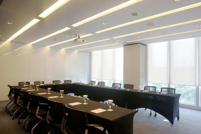 rago meeting room