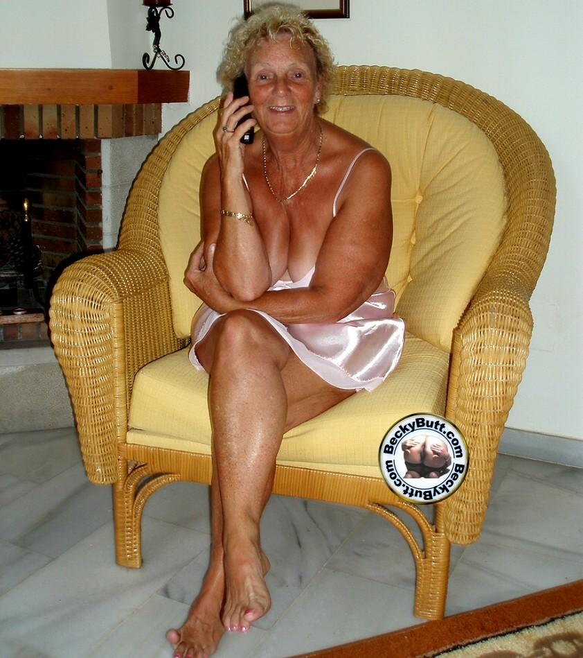 Granny Tease 31