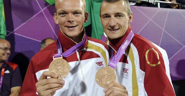 Мартиньш Плявиньш (Mārtiņš Pļaviņš) и Янис Шмединьш (Jānis Šmēdiņš) олимпийцы сборной латвии волейбол