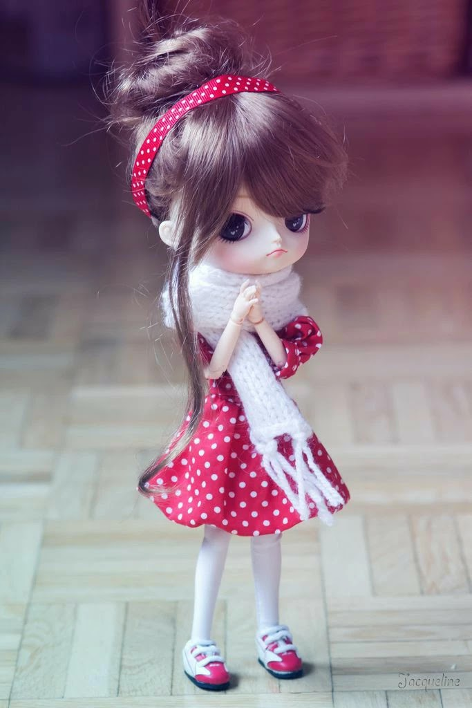 cute-doll-hd-photo-red-skirt-getpics