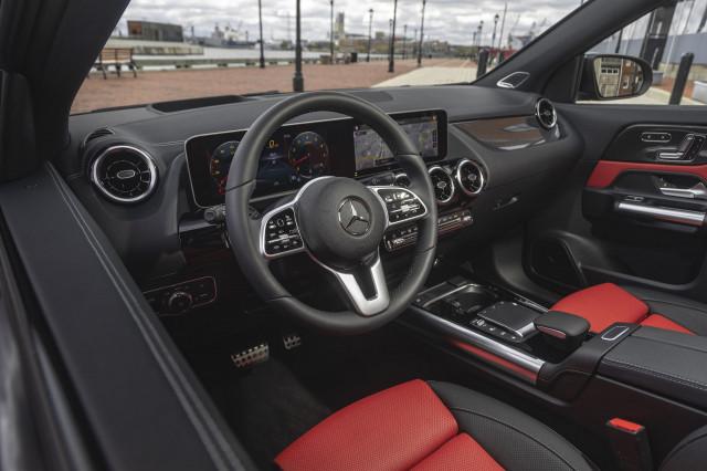 2021 Mercedes-Benz GLA Class Review