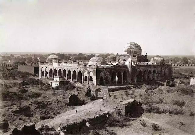 Gulbarg masjid