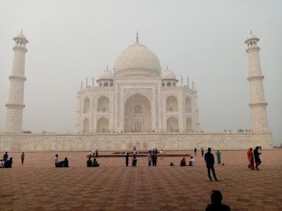 The Taj mahal Travel