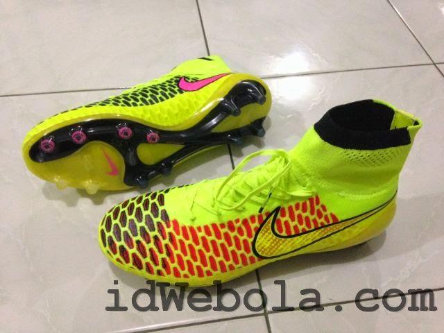 Sepatu Bola Nike Magista Both