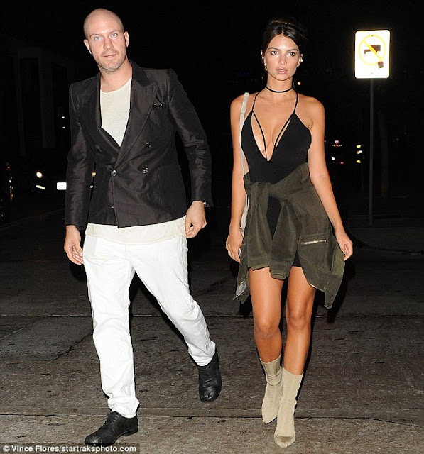 Emily Ratajkowski Wears Paradise Midi Dress