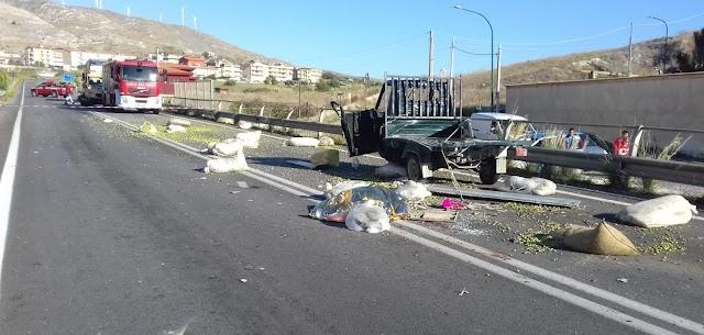 Incidente stradale a Siculiana, un pensionato muore nello scontro fra motoape e camion