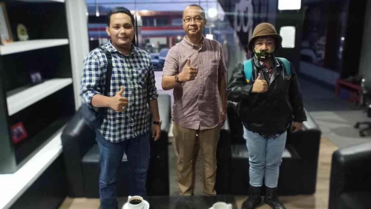 Konsumen tidak terima STNK 2 Tahun, Team LPK RI Sulut Bertandang Dealer Mitsubishi Beta Brilian Winangun