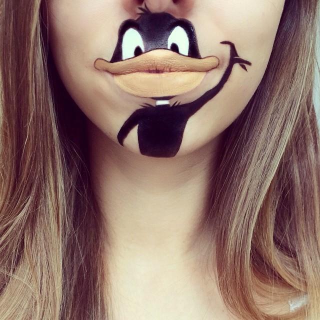 Laura Jenkinson lip art-1