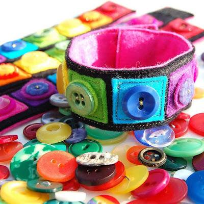 Ideias de Pulseiras e braceletes feitas com material reciclado