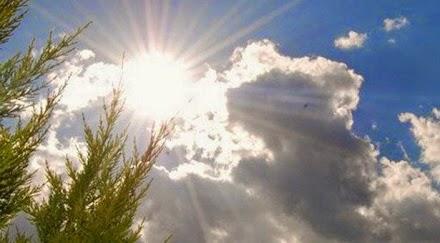 Κι όμως ο ήλιος μας καίει περισσότερο την Άνοιξη