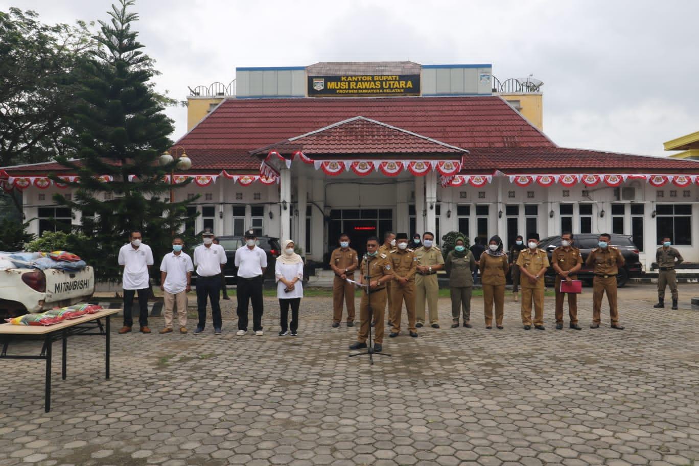 Bupati H. Devi Suhartoni (HDS) bersama Comite CSR Kabupaten Muratara. (Poto/Ist)