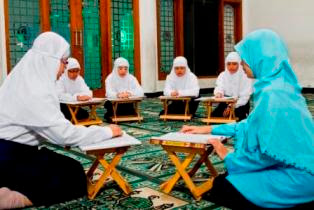 Pentingnya Pendidikan Akhlak Mulai Dari Sejak Dini