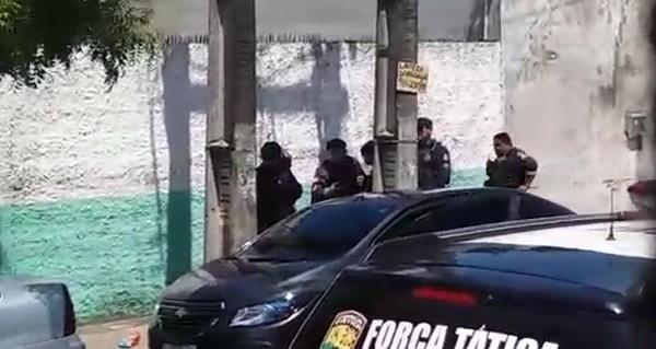 Sargento da PM é preso suspeito de estuprar adolescente dentro de carro em Fortaleza