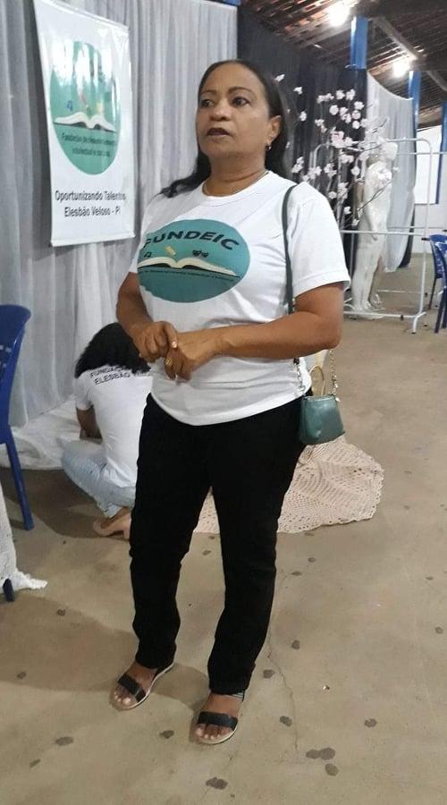 BATALHA CONTRA O VÍRUS: Há quase um mês internada, lutando contra Covid-19, professora Salomé Alves segue intubada; médicos vão tentar retirar o tubo hoje.