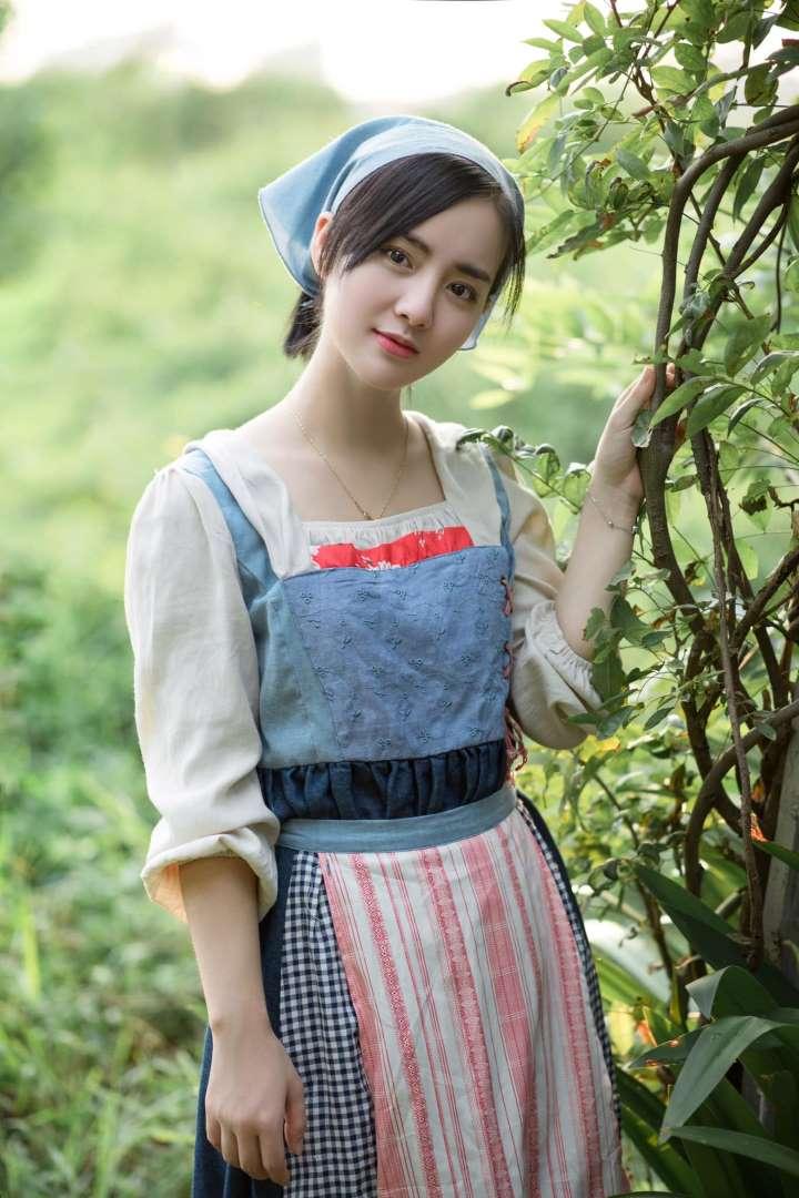 Xuất hiện cô gái Hà Lan phiên bản đời thật gây sốt cư dân mạng