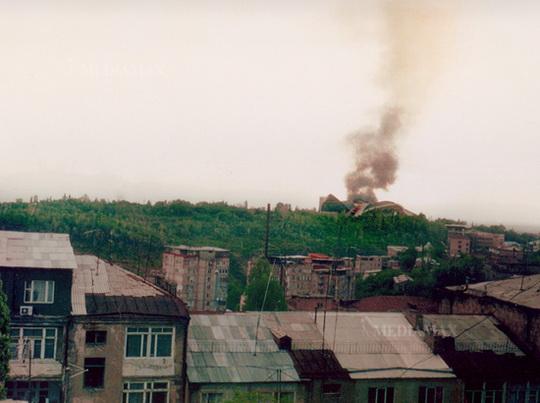 загорелся Спортивно-концертный комплекс в Ереване