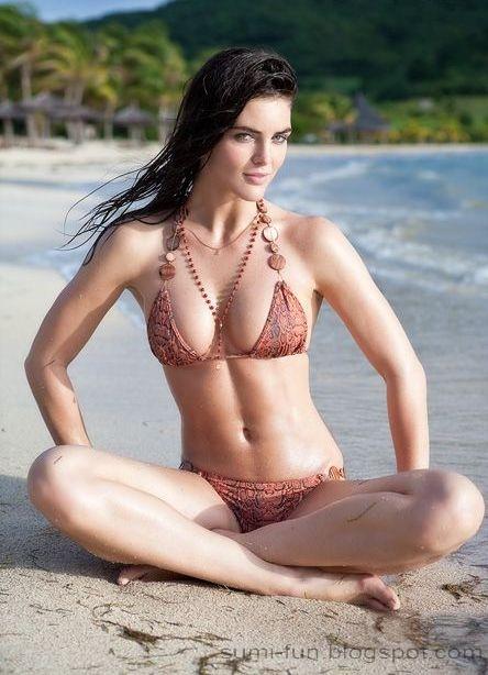 Stephanie courtney nude pics