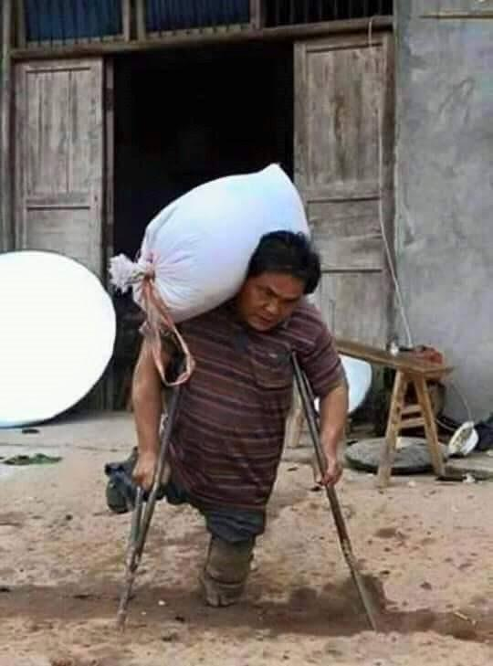 A Disabled Man Strives for His Children