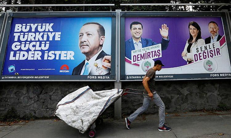 Εκλογές στην Τουρκία: Οι υποψήφιοι και τα σενάρια μιας κρίσιμης αναμέτρησης