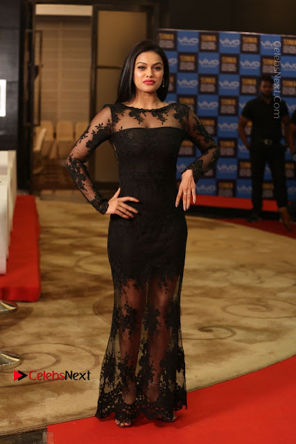 Actress Soniya Stills in Beautiful Black Long Dress at SIIMA Short Film Awards 2017  0021