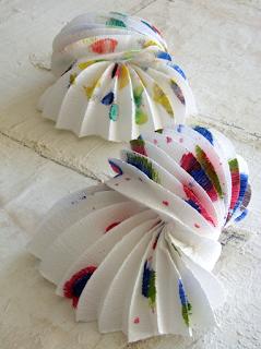 lampade di carta in stile origami , origami paper lamps