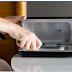 وأخيرا شركة امريكية تطرح جهازا لتنظيف هاتفك من الجراثيم
