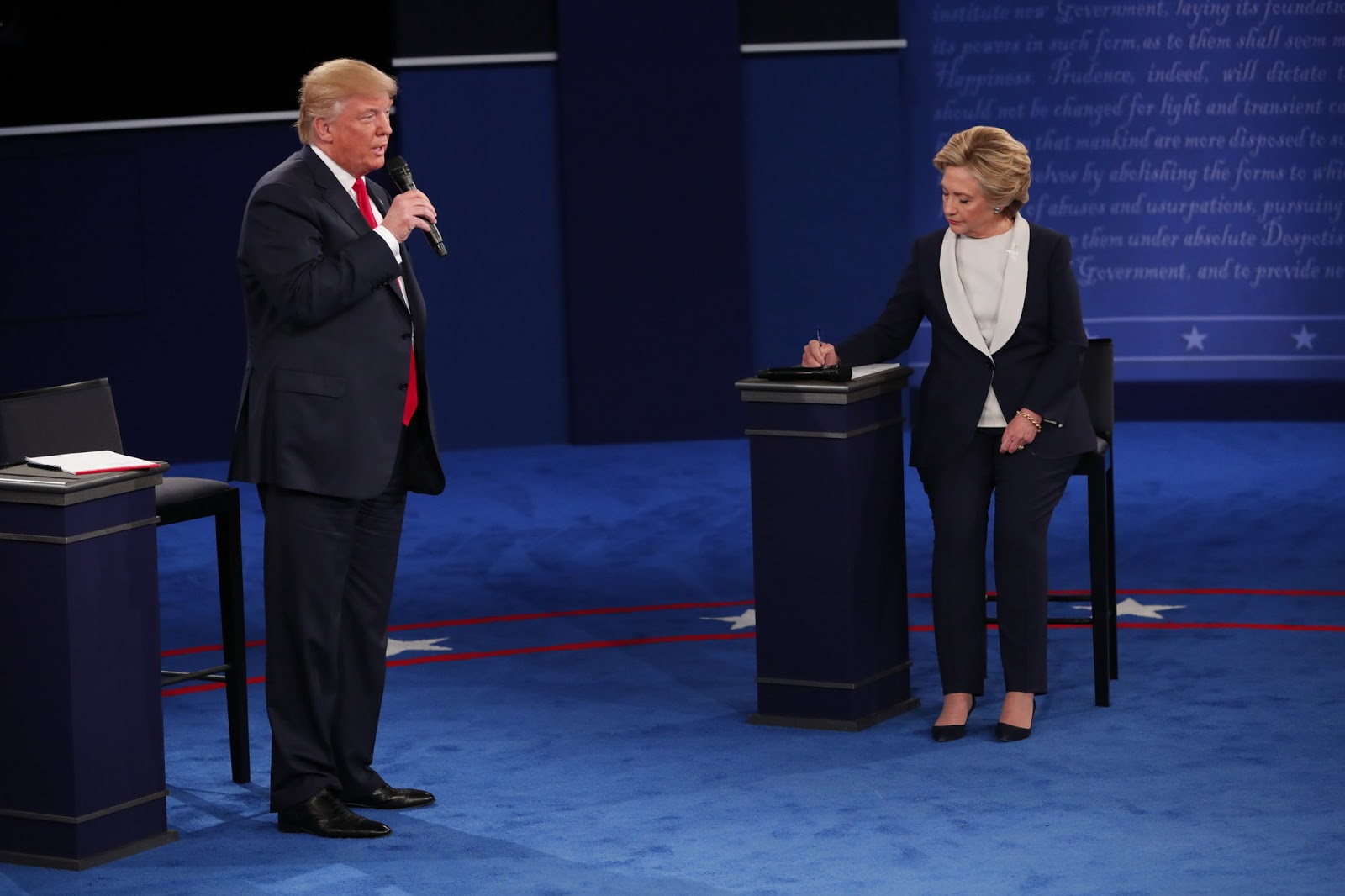 HILLARY CLINTON vs DONALD TRUMP IN THE SECOND PRESIDENTIAL ...