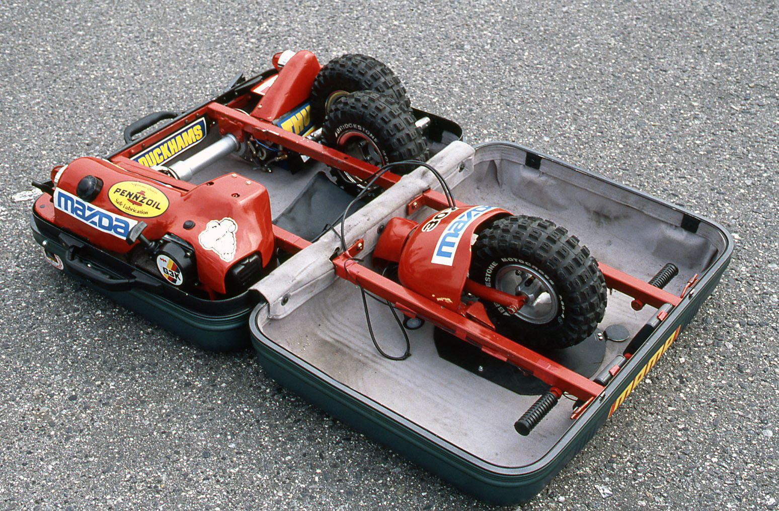 [Obrázek: Mazda_Suitcase_Car-4.jpg]