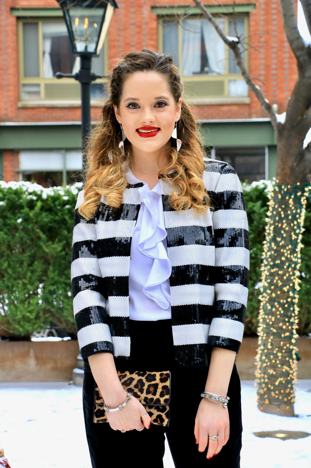 Nyc fashion blogger Kathleen Harper showing how to wear velvet pants