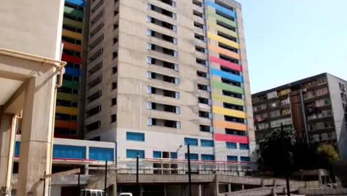 96 famiglie assegnatarie traslocano nel palazzo di cemento
