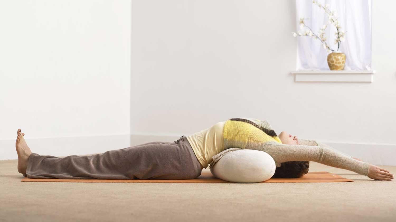 meilleurs exercices de yoga pour vous aider à mieux dormir