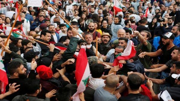 Presidente de Líbano confirma disposición de dialogar con manifestantes