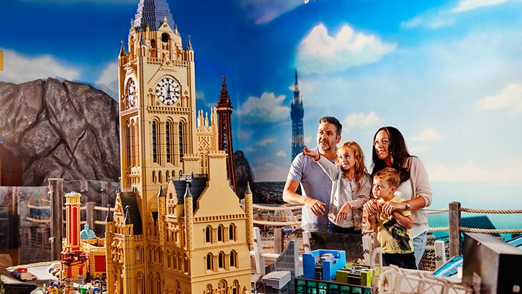 The Holiday and Travel Magazine: LEGOLAND Builds A New ...