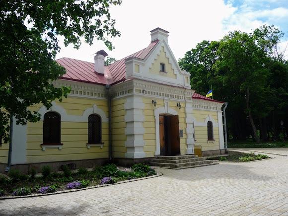 Батурин. Музей «Будинок Генерального судді Левобережної України». 1672 р